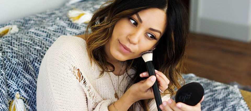 Introducing Glo Skin Beauty Products - Skin Analysis Springfield Missouri