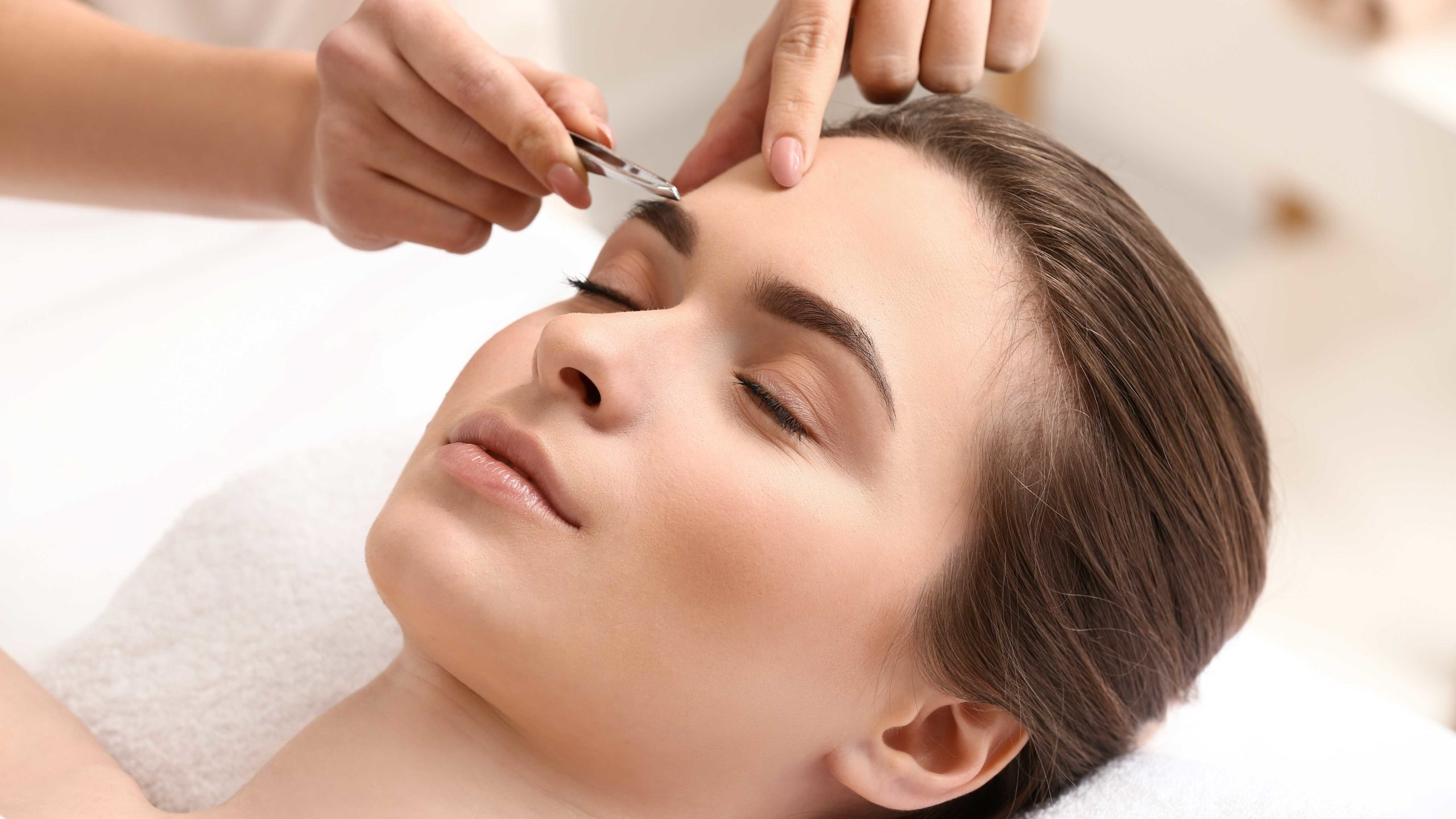 Our January Special On Eyebrow Tinting in Springfield Missouri